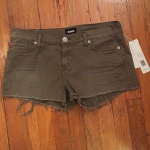 NWT Hudson Kenzie Cut off Short
